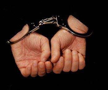 vergas_handcuffs